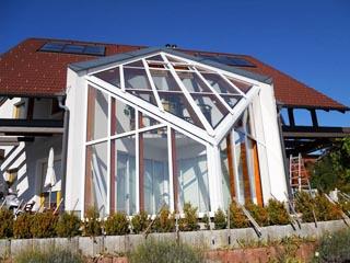 wintergarten glaswand glashaus mit holz und aluprofilen bauen. Black Bedroom Furniture Sets. Home Design Ideas